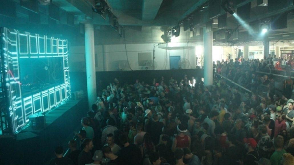 Underground Crowd