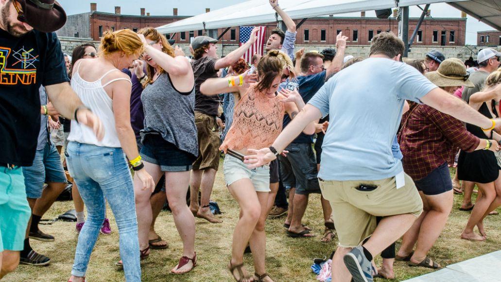 Ben-Kaye-Newport-Folk-Fest--28