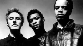 Massive Attack reissuing 1998 Mezzanine album