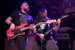 Mark Menghi and Andreas Kisser perform with Metal Allegiance