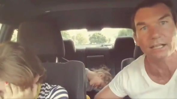 """Jerry O'Connell singing Prince's """"When Doves Cry"""" to his kids"""
