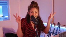 Shakira covering Green Day