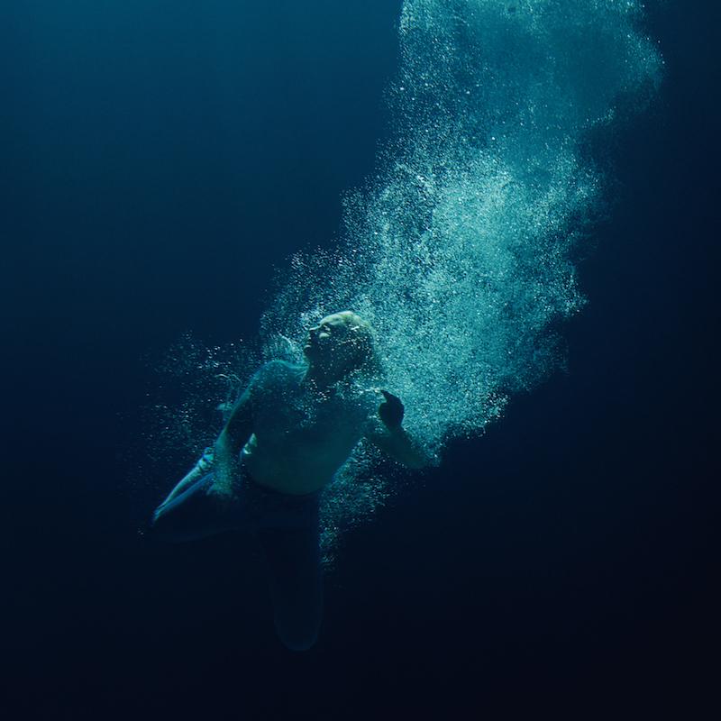 lapsley through water album artwork Låpsley announces new album Through Water, shares Womxn: Stream