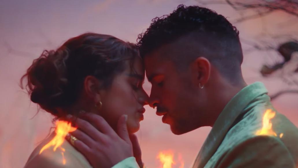 """Bad Bunny and Rosalia Share Intimate Video for """"La Noche de Anoche"""""""