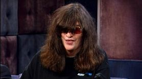 Joey Ramone prank Johnny Rotten